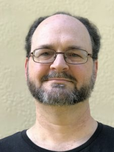 Andy Fingerhut headshot 2020 226x300 jpg